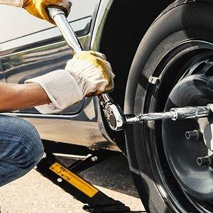 Roadside Assistance | Flat Tire Change